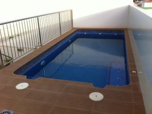25-piscina-a-medida-terraza