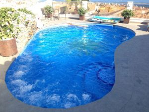 piscina-con-jacuzzi